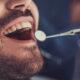 Parodontite: quali sono i sintomi e come si cura