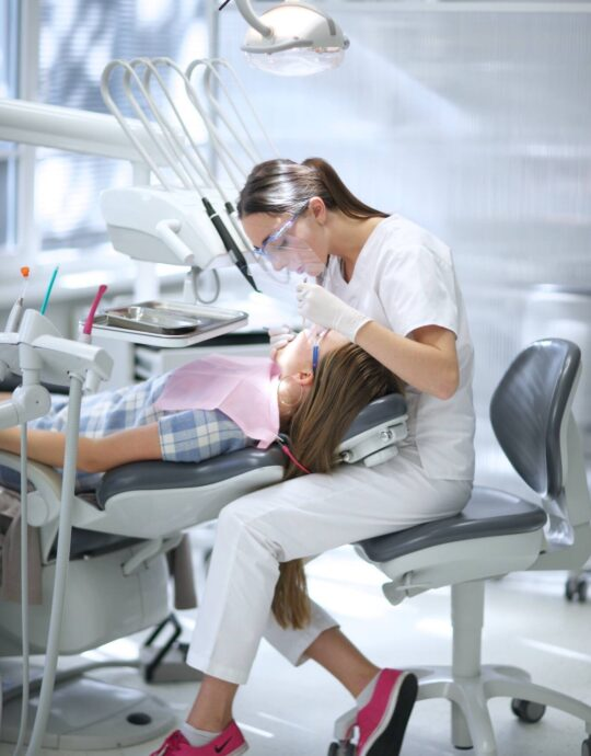 young-dentist-at-work_t20_e3k87B