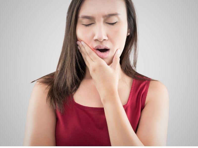 Celiachia e problemi dentali: come riconoscere i sintomi?