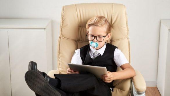 Denti storti: quali sono gli effetti del ciuccio sui bambini
